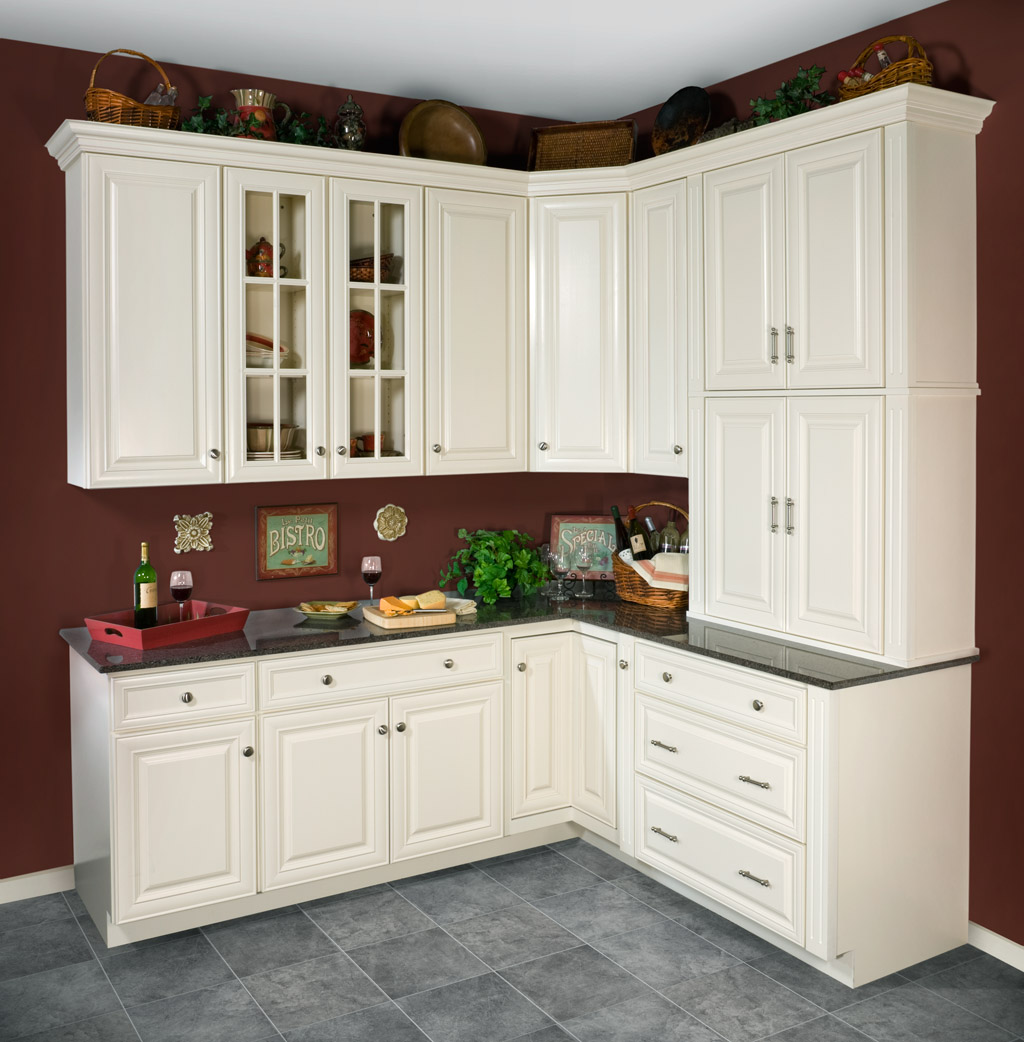 Wolf Classic Hudson Cabinetry In Painted Antique White
