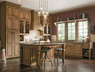Kraftmaid: Kitchen featuring Distressed Finish