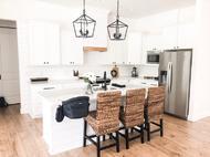 Dover_Farmhouse_Kitchen