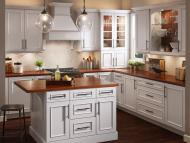 Kraftmaid: Kitchen in Maple in Dove White