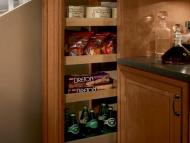 KraftMaid Kitchen Innovations: Tall Pantry Pull-out